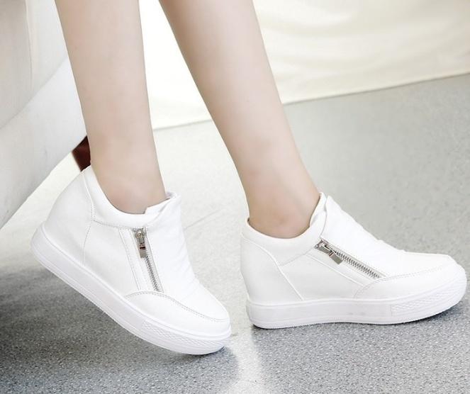 giay-sneaker-don-de-co-thap-g884-1m4G3-c3022b