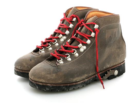golden-goose-pivetta-boots-1